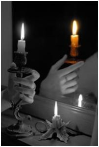 чернобелая свеча