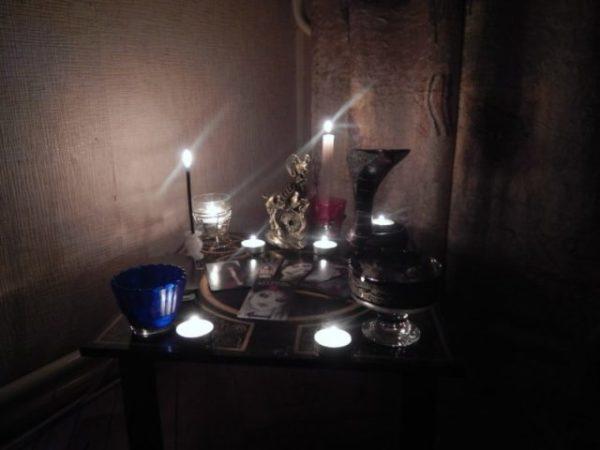 Как приворожить парня без последствий (белая магия) в домашних условиях