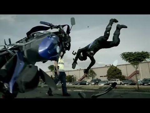 упал с мотоцикла